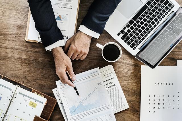 How & When to Rebalance Your Portfolio