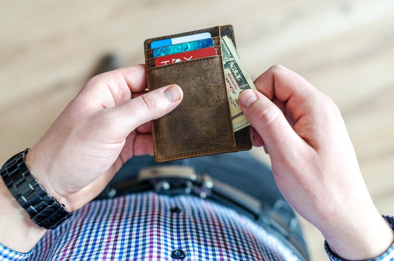 6 Tips to Build Your Credit